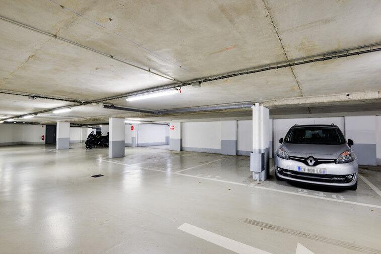 Parking Arrêt Inovel Parc Nord - Vélizy-Villacoublay sécurisé