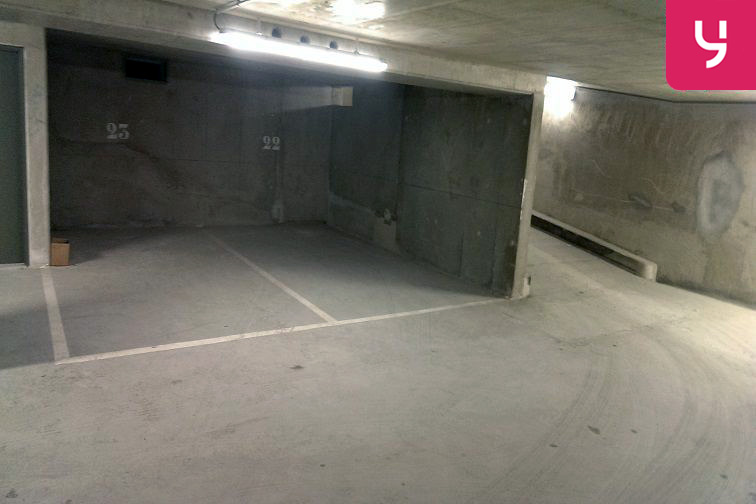 location parking Pelleport