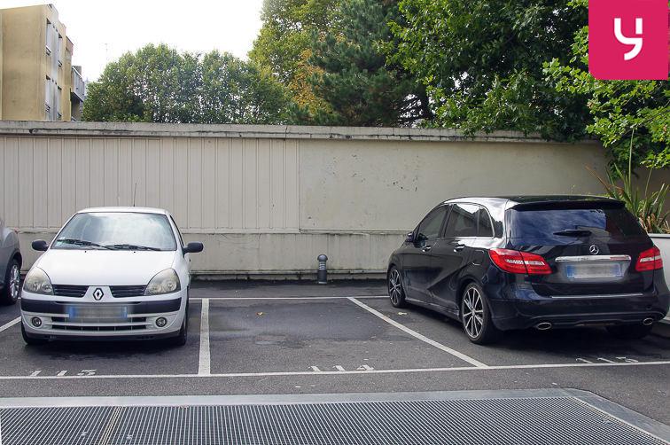 Parking Centre-ville - Livry-Gargan (aérien) souterrain