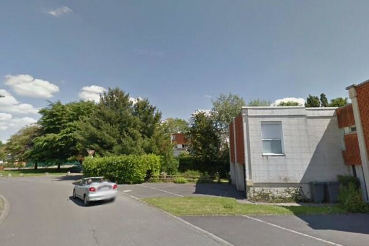 Parking Salle Marcel-Cerdan - Allée des Cinq Tailles - Villeneuve-d'Ascq - Parking Souterrain location