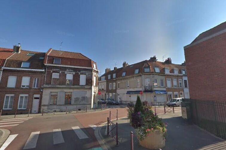 Parking Ecole Elémentaire Edmond Rostand - Allée des Iris - La Madeleine - Parking Souterrain sécurisé