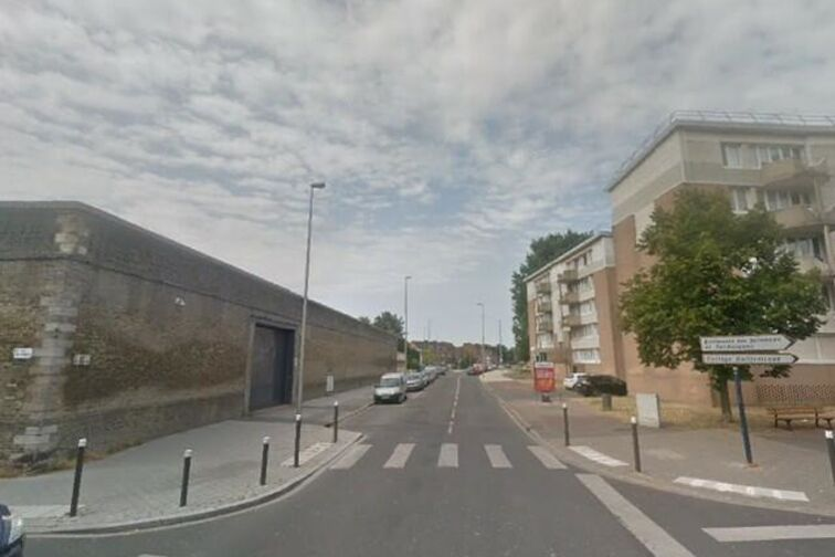 Parking Collège Guilleminot - Rue des Arbres - Dunkerque - Parking Souterrain location
