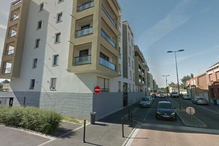 Parking Place des Tilleuls -Sainte-Hélène - Saint-André-Lez-Lille (aérien) garage