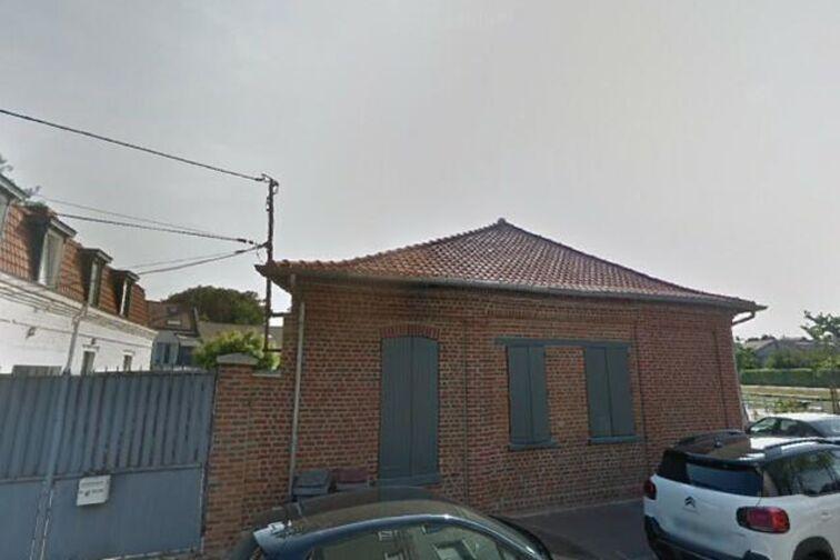 Parking Pharmacie du Bourg - Quai - Marcq-en-Barœul (aérien) box