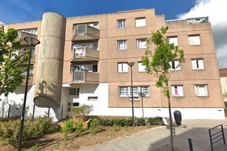 Location parking Chapelle Saint-Jean - 8 mai 45 - Argenteuil - Parking Souterrain