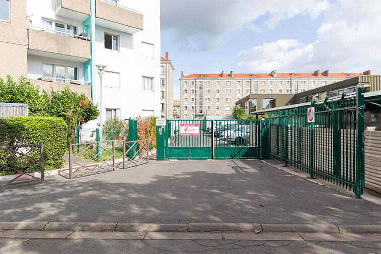 Parking Ecole Karl Marx - Bezons 24/24 7/7