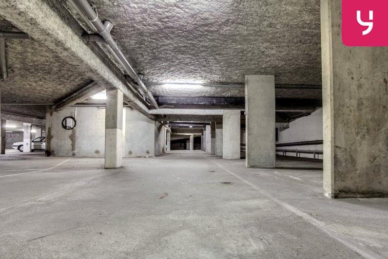 Parking Charpennes - Villeurbanne (place moto) 69100