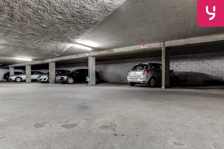 Parking Charpennes - Villeurbanne (place moto) box