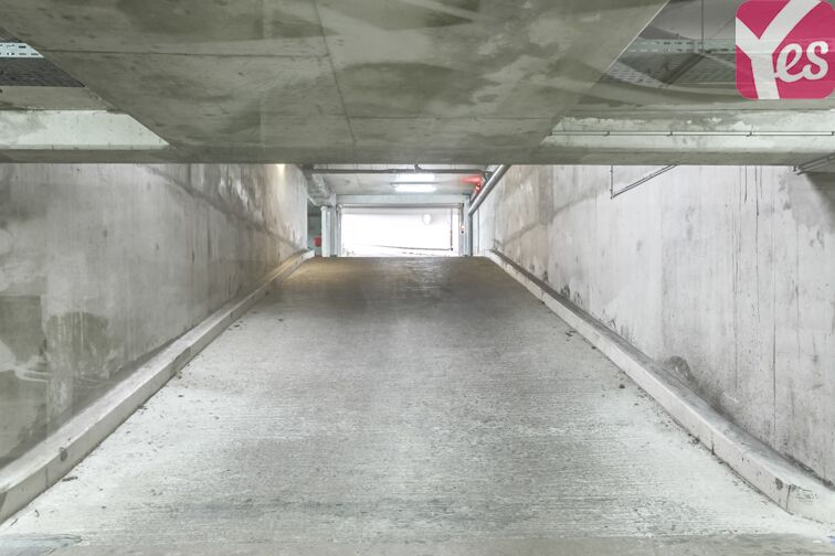 Parking Atlantis - Massy 24/24 7/7