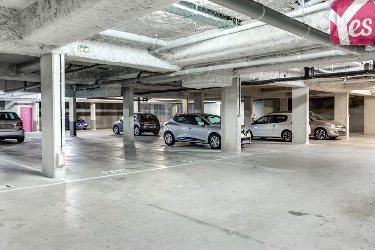 Parking Atlantis - Massy avis