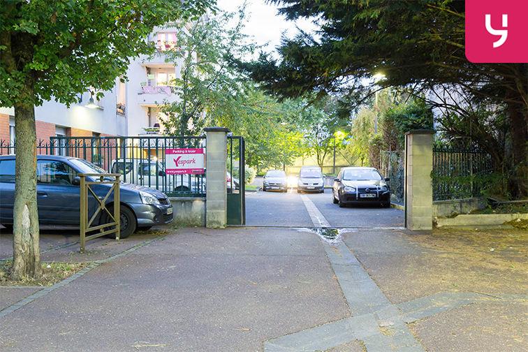 Parking Médiathèque Boris Vian - Avenue Georges Brassens - Chevilly-Larue (place double) 24/24 7/7