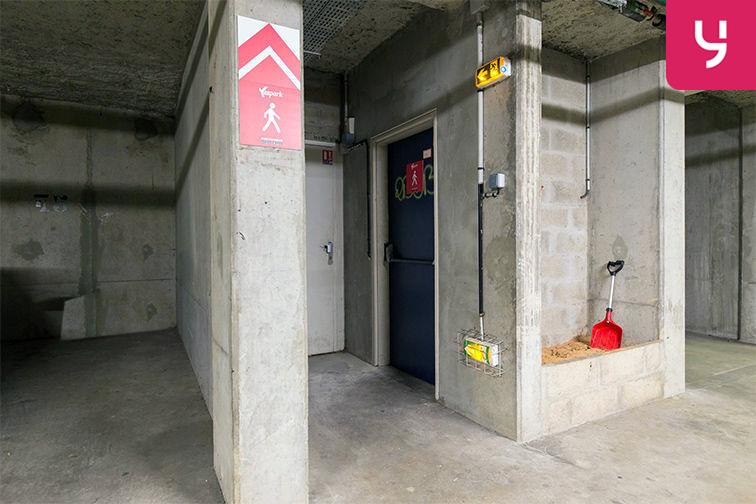 Parking Médiathèque Boris Vian - Avenue Georges Brassens - Chevilly-Larue (place double) caméra
