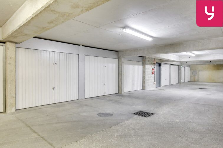 Parking Plateau - Pyramide - Athis-Mons (Box) 24/24 7/7