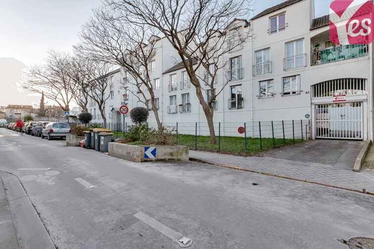 Parking Lucie-Aubrac - Les Lilas en location