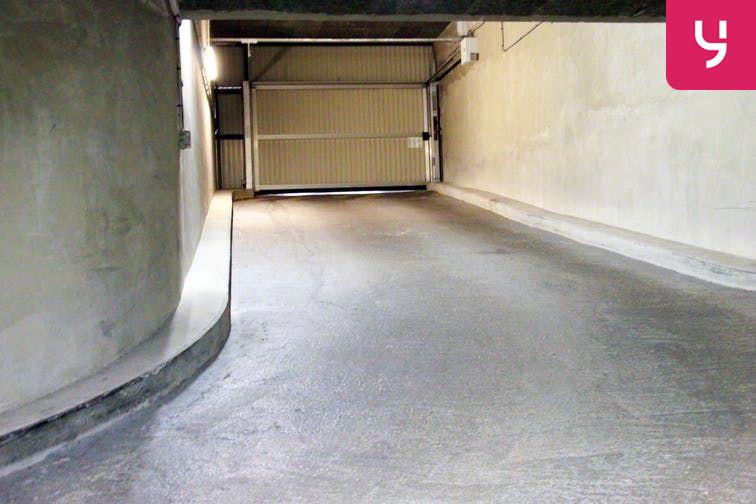 Parking André Citroën - Cauchy sécurisé