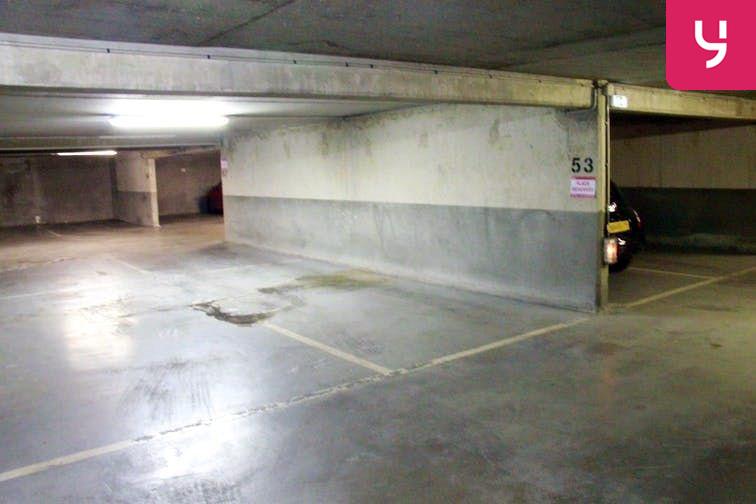 Parking André Citroën - Cauchy pas cher