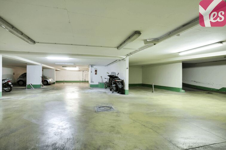 Parking Avron - Paris 75020