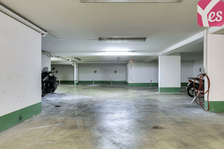 Parking Avron - Paris en location