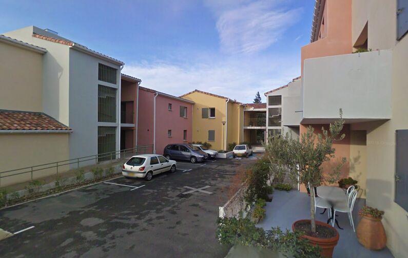location parking Eglise Saint Bardulphe - Ferrage - Rochefort-du-Gard (aérien)