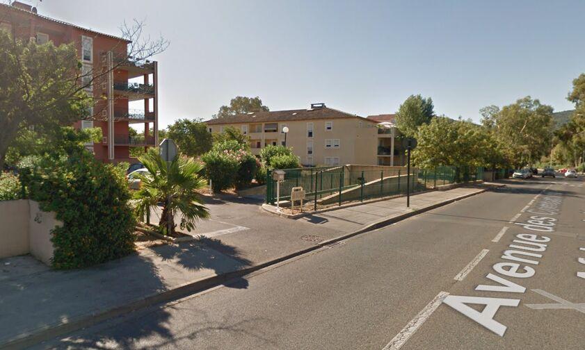 location parking Avenue des Combattants en Afrique du Nord - Hyères