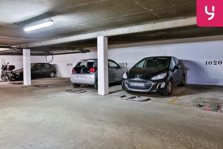 Parking Rosa Parks - rue de l'Ourcq - Paris (place moto) gardien