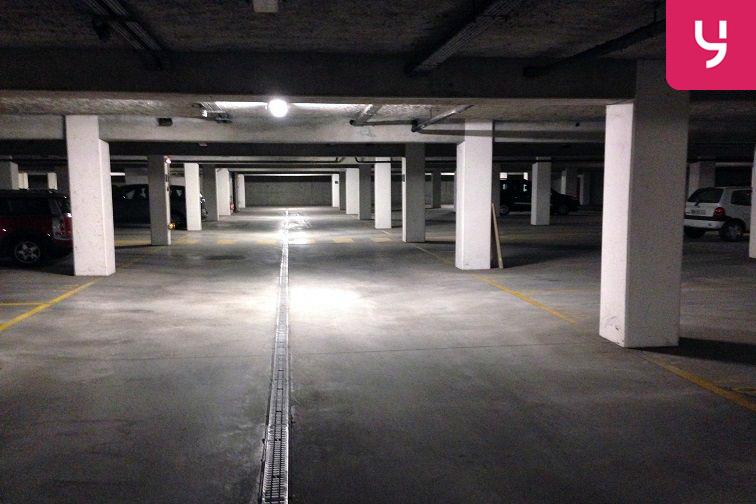location parking Garibaldi - Saint-Ouen