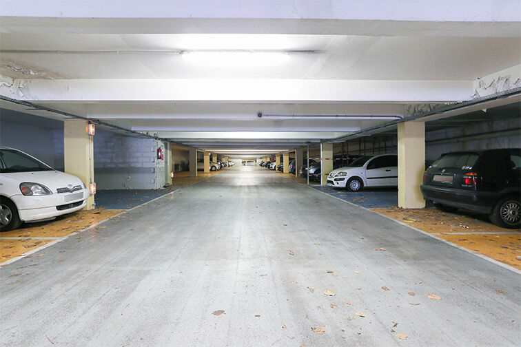 Parking Arrêt La Ferme - avenue Jean Jaurès - Bobigny à louer