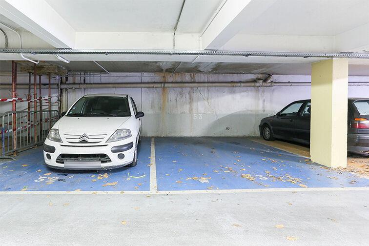 Parking Arrêt La Ferme - avenue Jean Jaurès - Bobigny sécurisé