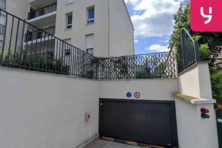 Location parking Centre-ville - Rue de Versailles - Le Chesnay (place moto)