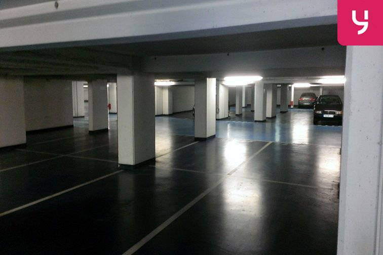location parking Hôpital Max Fourestier - Nanterre