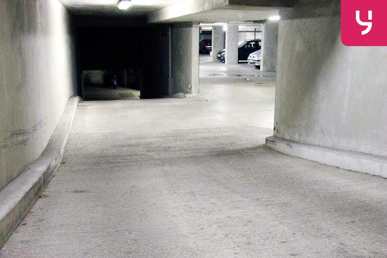 Parking Bichat - Claude Bernard 75018