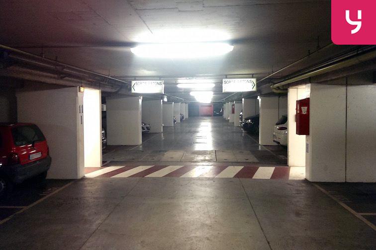 location parking Dervallières-Zola
