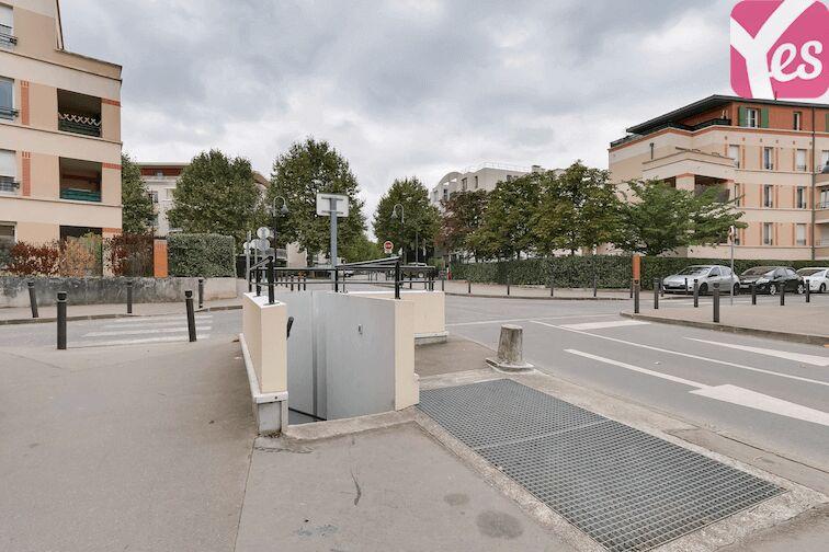 Parking Bibliothèque du Chesnay 24/24 7/7