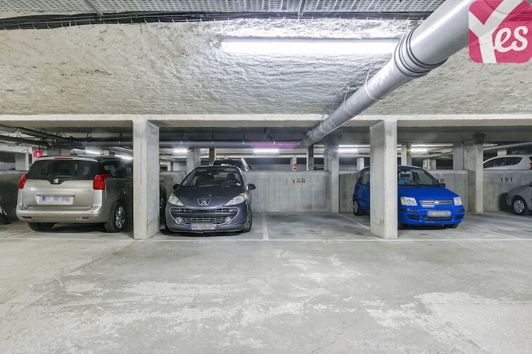 Parking Bibliothèque du Chesnay 7 allée Hélène Boucher