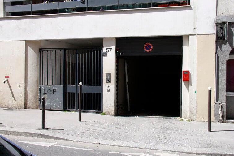 Parking La Chapelle location
