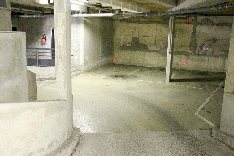 Parking La Chapelle 57 rue Philippe de Girard