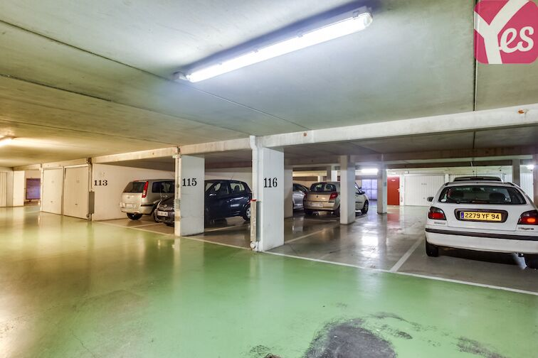 Parking Epitech - Le Kremlin-Bicêtre 24/24 7/7