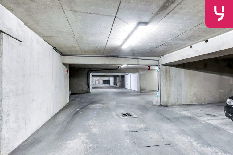 Parking Flandre - Alphonse Karr à louer