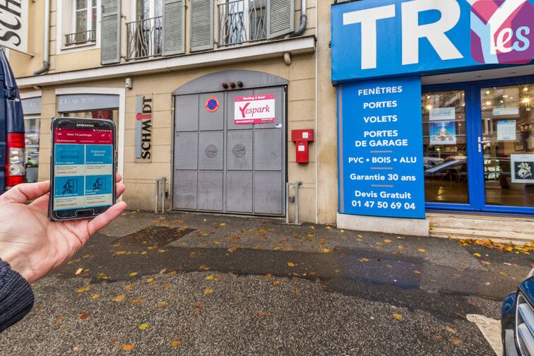 Location parking Roger Salengro - Chaville