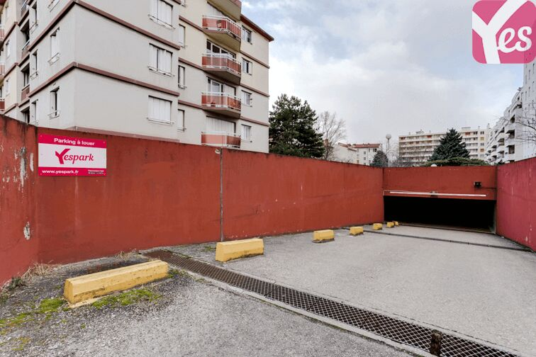 Location parking Ferrandière - Maisons neuves - Villeurbanne