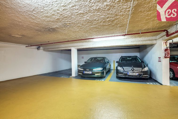 Parking Chevaleret garage