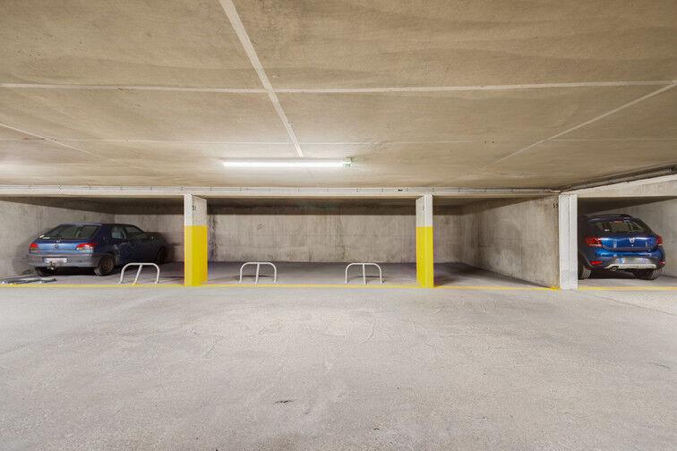 Parking Gratte ciel - Villeurbanne box