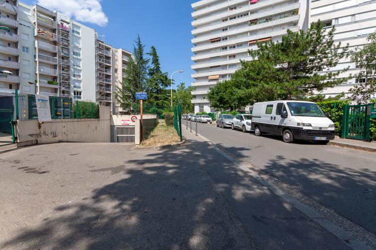 Parking Cimetière de la Guillotière Ancien - Lyon 7 69007
