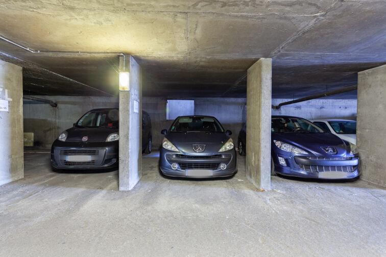 Parking Cimetière de la Guillotière Ancien - Lyon 7 sécurisé