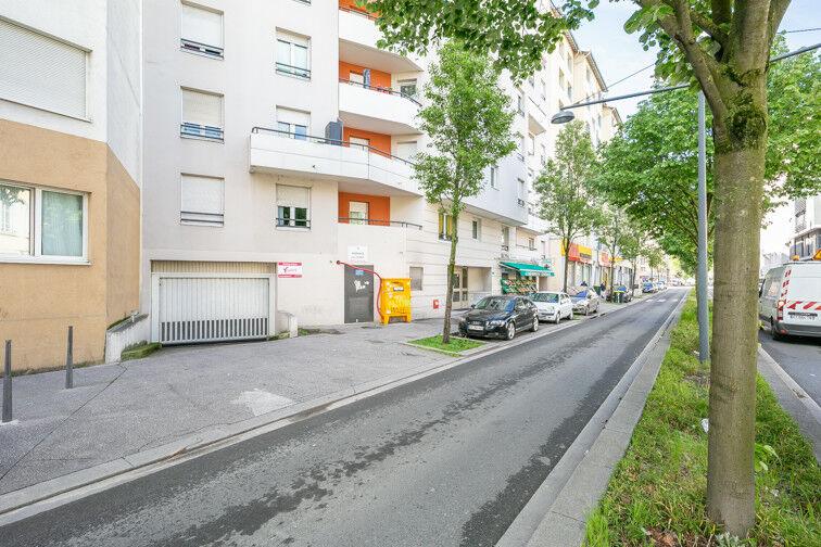 Parking Roger Salengro - Villeurbanne location mensuelle