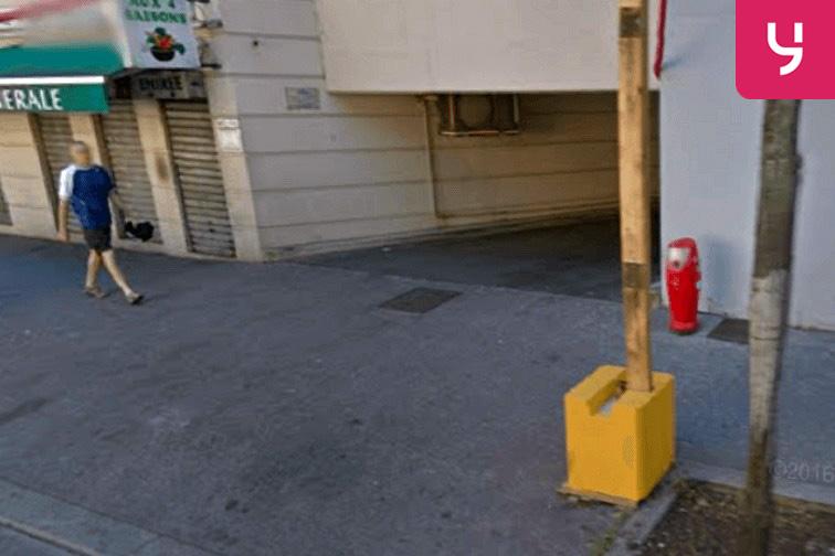 location parking Roger Salengro - Villeurbanne