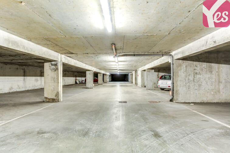 Parking Parc des Hautefeuilles - Tassin-la-Demi-Lune box