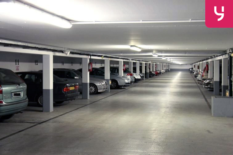 Parking Carrefour Pleyel caméra