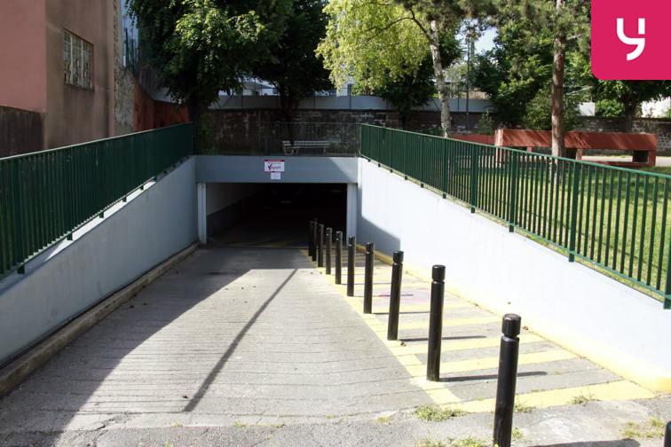 Parking Carrefour Pleyel location mensuelle