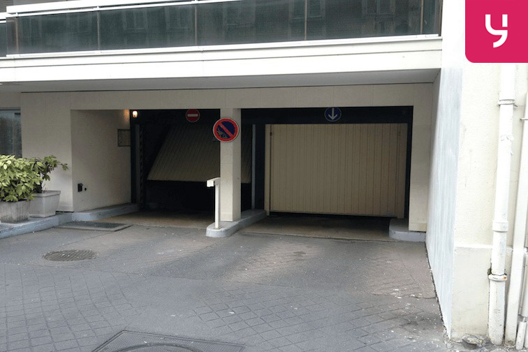 location parking Centre hospitalier la Rochelle